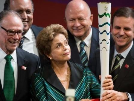 Ministro do Esporte diz que tocha olímpica em Brasília não será ato político