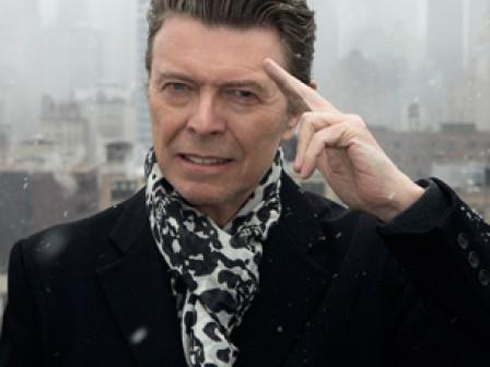 Bowie deixa fortuna divida entre babá, secretária e familia