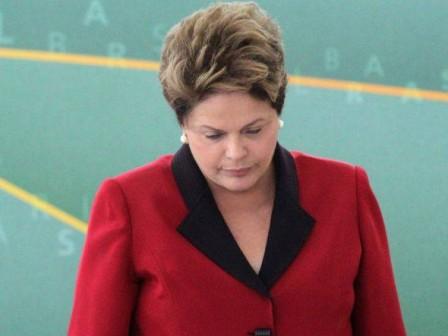 Procuradoria vê indícios de fraude em discurso de Dilma sobre estaleiro
