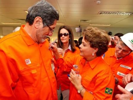 TCU propõe bloquear bens de Dilma por prejuízos com refinaria de Pasadena