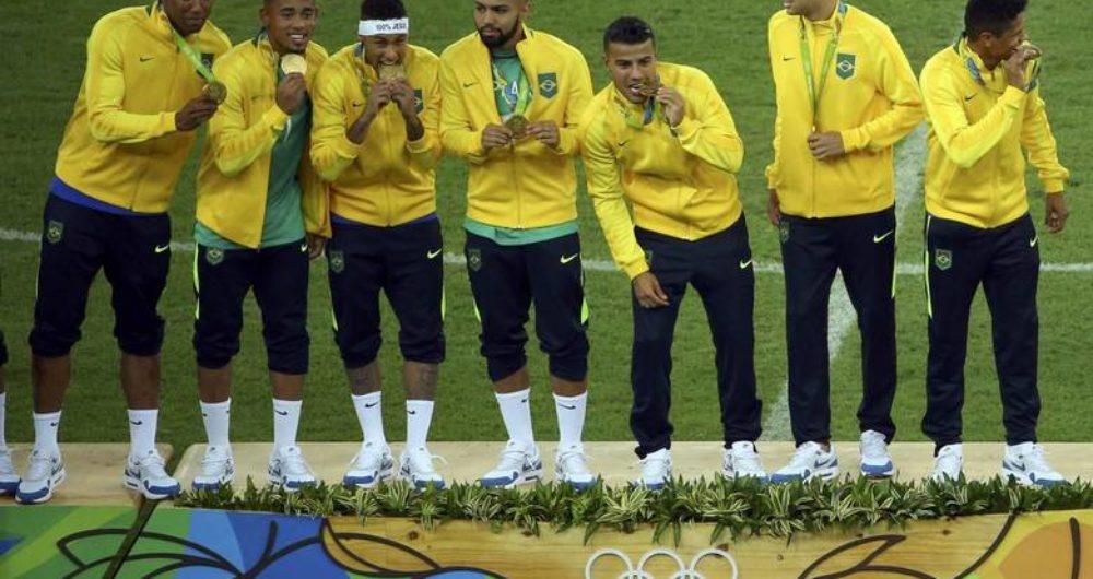 51635da22c A Seleção Brasileira de futebol é campeã olímpica dos Jogos Rio 2016. O ouro  olímpico foi definido nos pênaltis