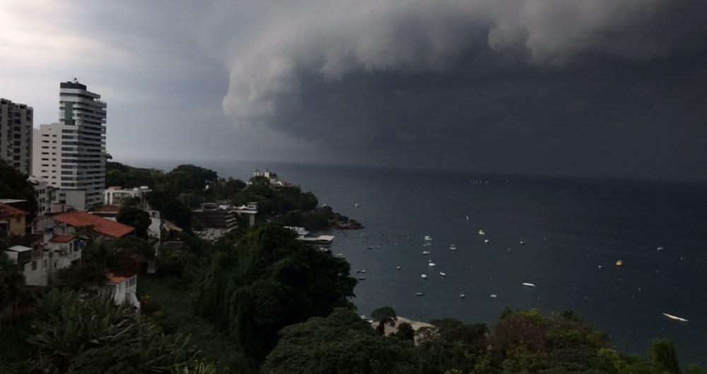 Resultado de imagem para ciclone na bahia