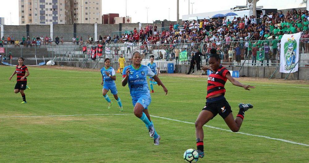 O Vitória enfrentou o Minas Icesp-DF disputaram o título da Série A2 nesta  quinta-feira (12) 1d242e1839bf6