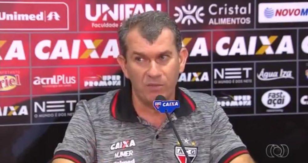 ddcc9f46d978f Um projeto para destruir o Vitória  novo técnico só treinou Londrina e  Atlético de Goiás