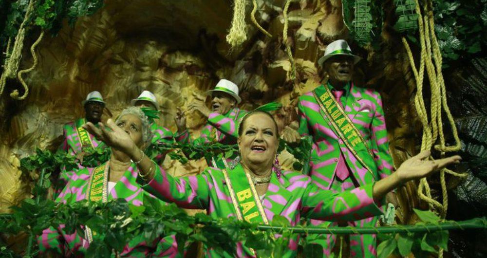 Resultado de imagem para Desfile Mangueira 2019