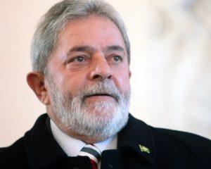 Justiça Eleitoral publica edital com o registro da candidatura de Lula