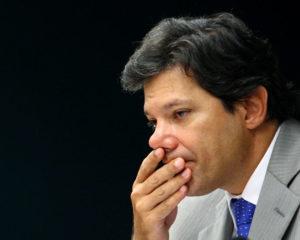 Haddad teme que onda antipetista beneficie Bolsonaro já no primeiro turno