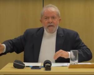 """""""Não estou precisando de favor, estou precisando de justiça"""", diz Lula em entrevista"""