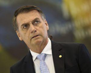 Delegados cogitam demissão coletiva após Bolsonaro tentar intervir na PF do Rio, diz colunista