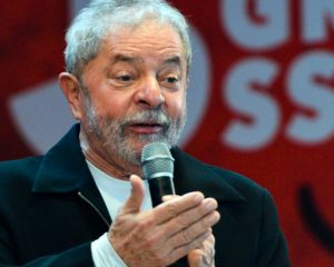 Lula livre acende alerta no próprio PT sobre reorganização de apoio a Bolsonaro, diz coluna