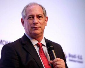 """Ciro Gomes diz que união de ACM Neto e Rui Costa """"serve de exemplo para o Brasil"""""""